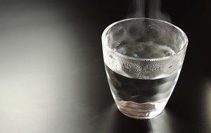 ウォーターサーバーの水の賞味期限はどのくらいか?各社を徹底比較